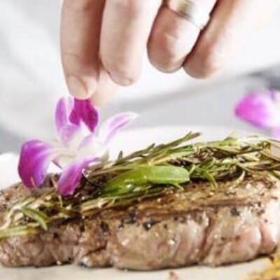 """Leckere Gerichte im Restaurant """"Land und Meer"""""""