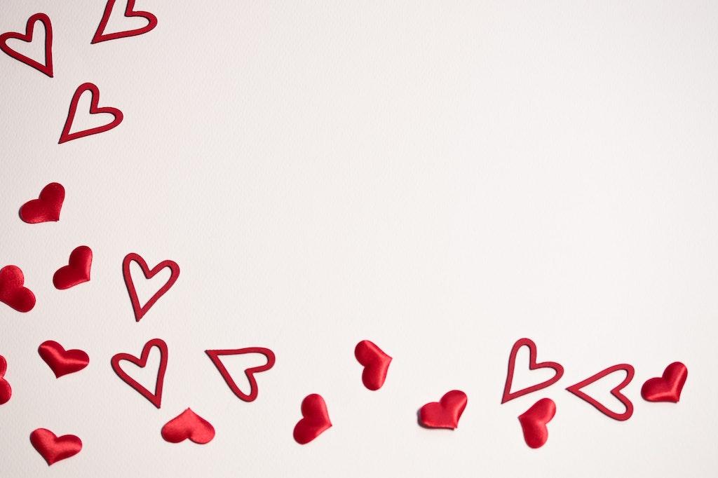 """Herzen zum Valentinstag im Restaurant """"Land und Meer"""" in Kappeln"""